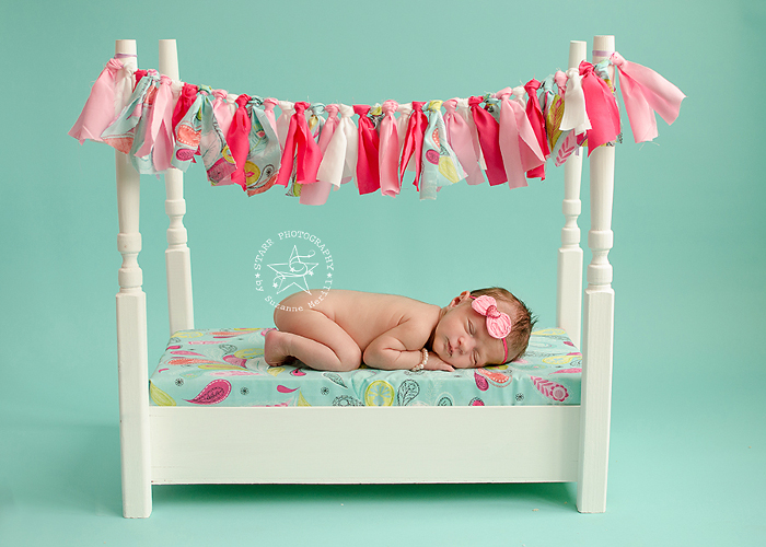 Using Seamless Paper for Newborn and Baby Photography