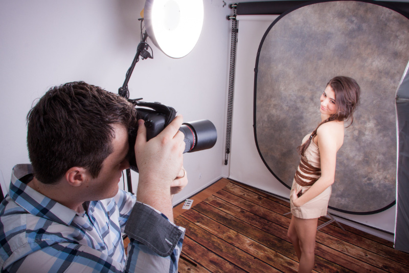 When Should You Use a Collapsible Backdrop?