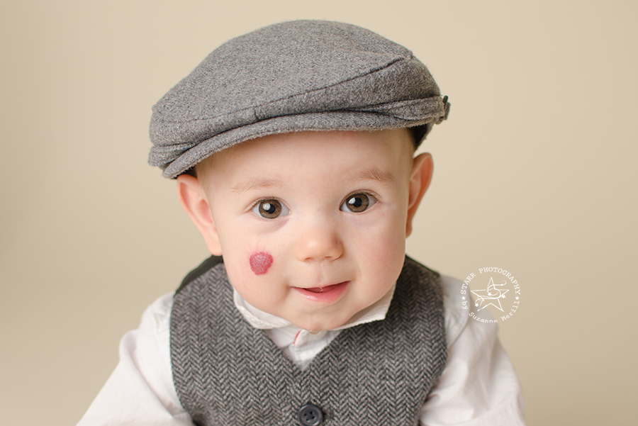 Working with Neutral Colors: 3 Favorite Backgrounds for Newborns & Family Portraits