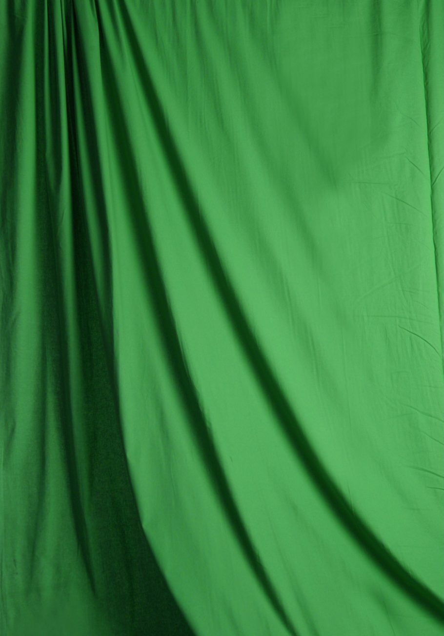 Chroma Green Solid Muslin Backdrop Image 1